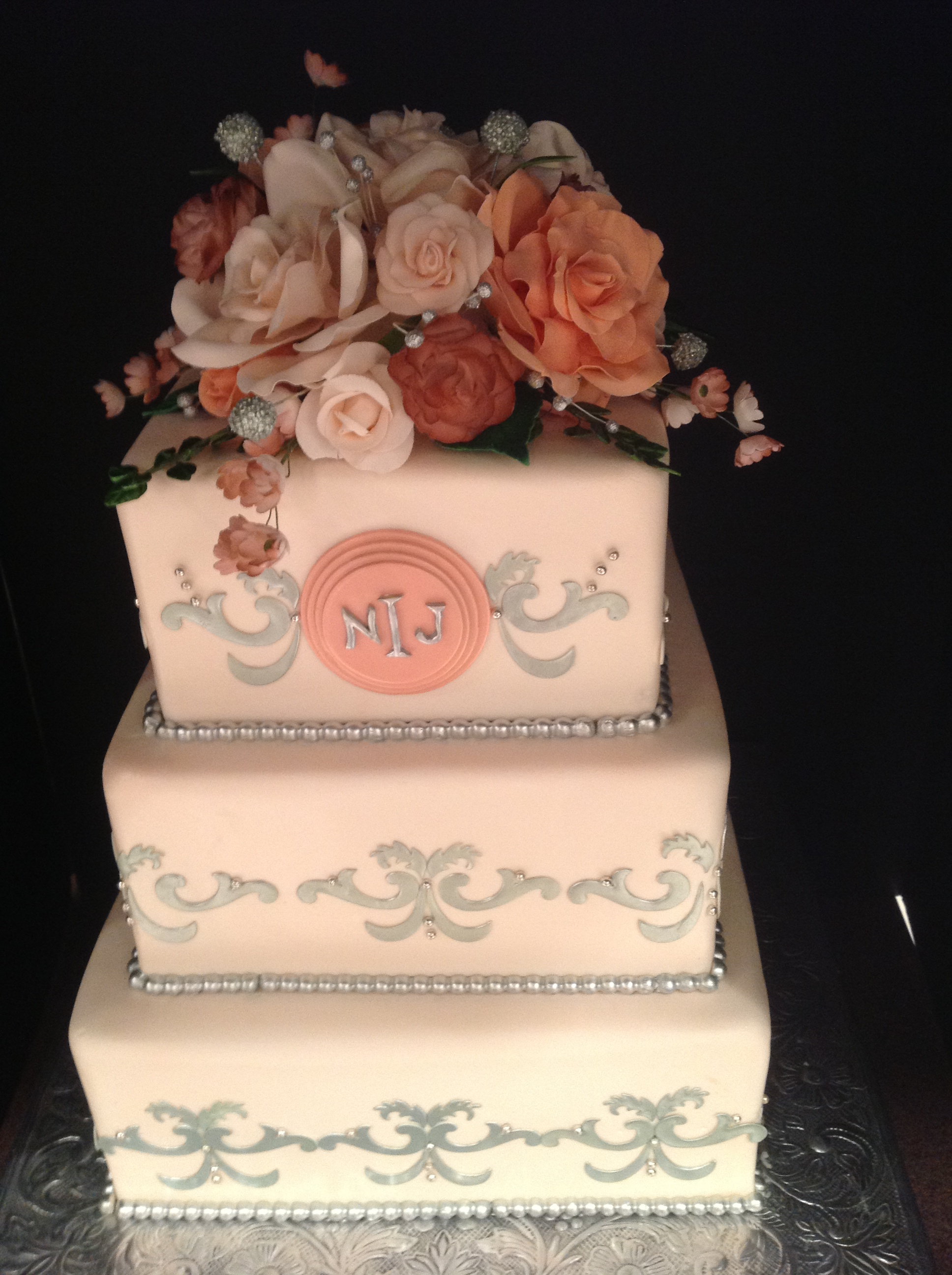 Cake Decor And More E U : M&T Events Custom Cakes Bakery   Custom Wedding and Events ...